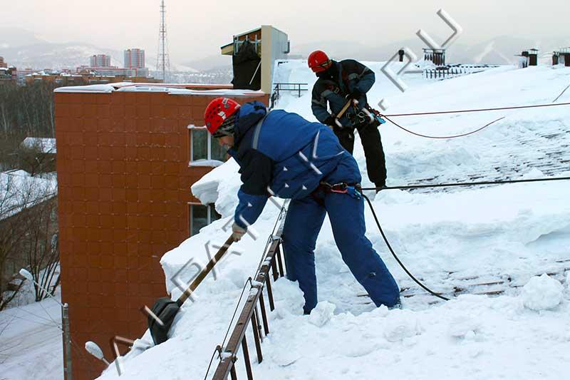 Требования по уборке снега с крыш